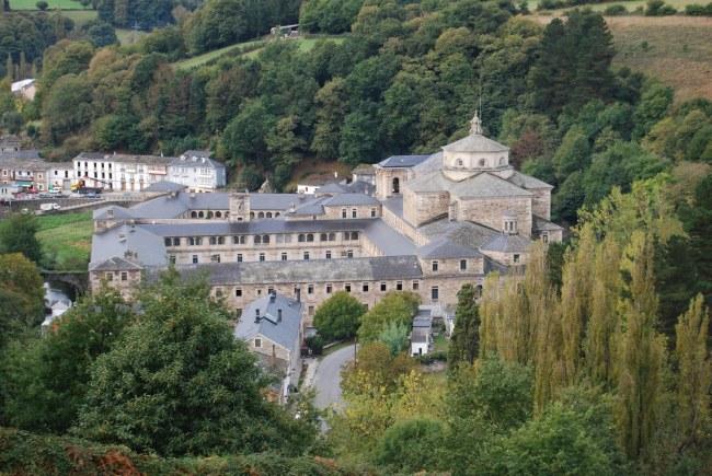 abadia-benedictina-de-san-julian-samos-camino-frances