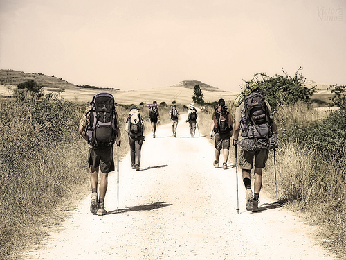 peregrinos-camino-de-santiago-albergue-milpés
