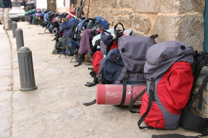 7cd8974cb 3 empresas para el transporte de mochilas en el Camino de Santiago