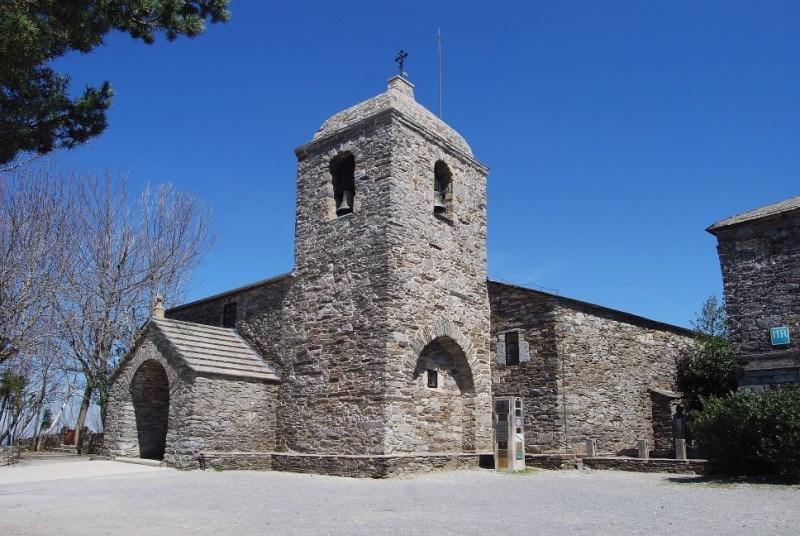 Iglesia_O_Cebreiro_Camino_de_Santiago